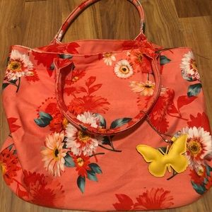 Floral tote